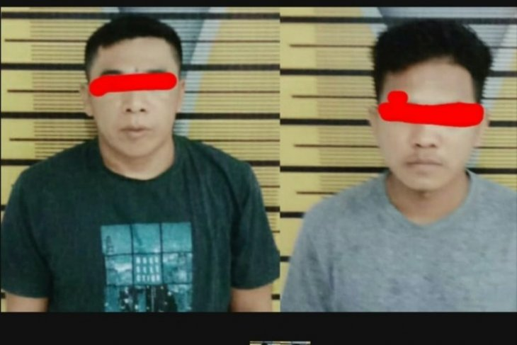 Polisi bekuk dua pemuda miliki narkoba