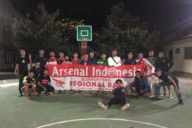 Komunitas fans club sepak bola gelar nonbar terapkan protokol kesehatan