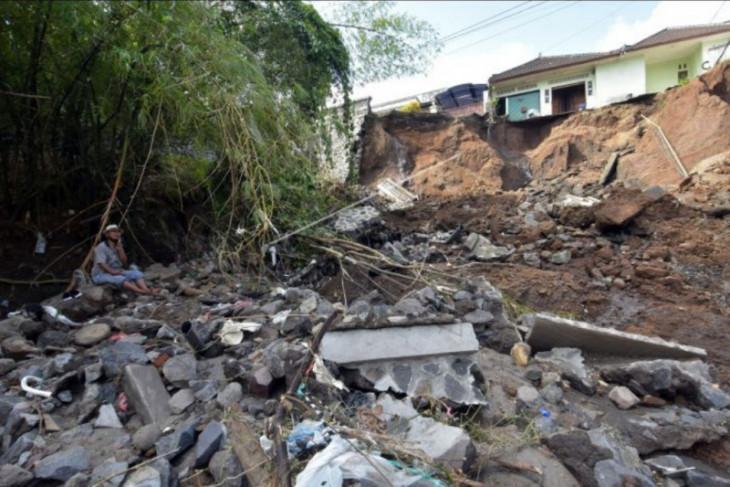 Bencana alam akibat hujan deras di Tabanan