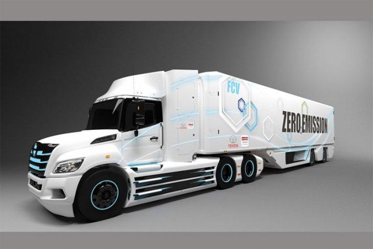 Toyota kembangkan Hino XL jadi truk listrik