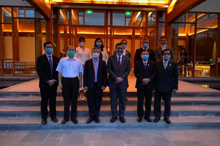 Pemerintah Indonesia: Vaksin COVID mulai tersedia November