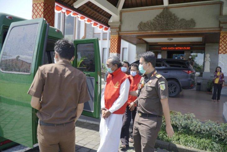 Kejari Badung terima pelimpahan berkas tiga kasus korupsi LPD