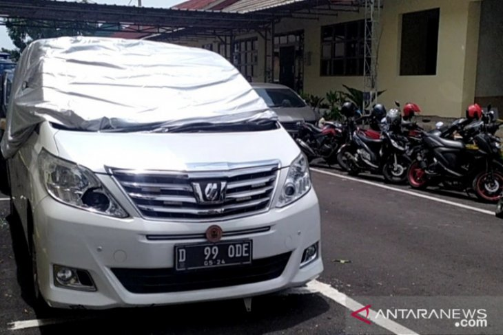 Mobil mantan anggota DPR RI dirusak di kawasan Puncak-Cipanas
