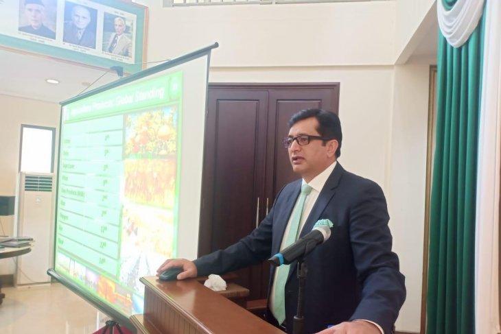 Pakistan embassy, Batik Travel hold tourism promotion conference