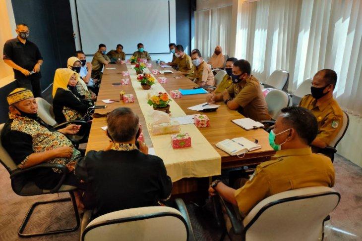 Sekda Paser terima kunjungan YAMKT bahas kerja sama pendidikan