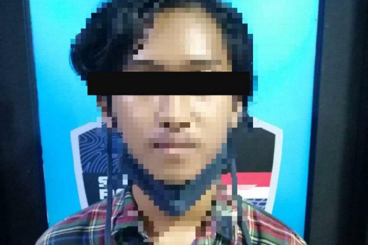 Pelajar Kalbar ditangkap polisi karena membuat grup WA berisi provokasi demo