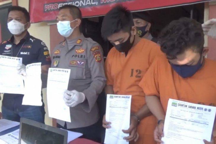 Polisi tahan dua tersangka pemalsuan surat tes cepat COVID-19