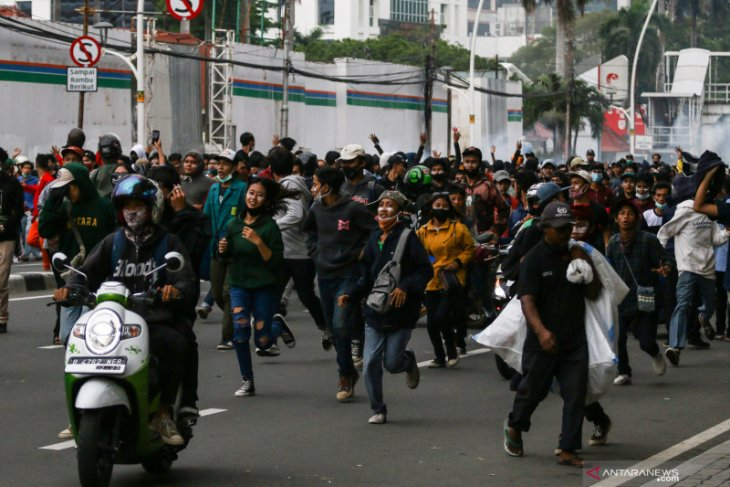 Polisi tahan satu orang terkait ricuh unjuk rasa tolak  UU Cipta Kerja