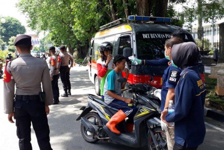 Polisi Jambi gelar razia tingkatkan kesadaran warga untuk bermasker