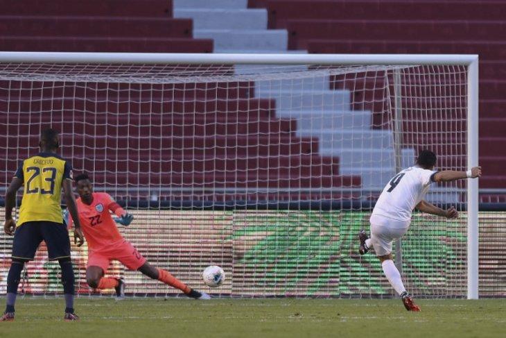 Kualifikasi Piala Dunia, dua gol Luis Suarez gagal selamatkan Uruguay dari terkaman Ekuador
