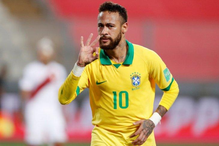 Kualifikasi Piala Dunia - Tiga gol Neymar membuat Brazil bantai Peru 4-2