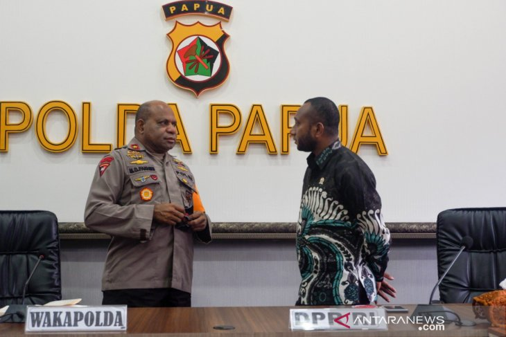 Need joint action from authorities, people on Papua violence: lawmaker