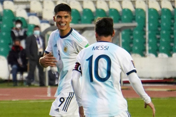 Argentina kalahkan Bolivia 2-1 (video)
