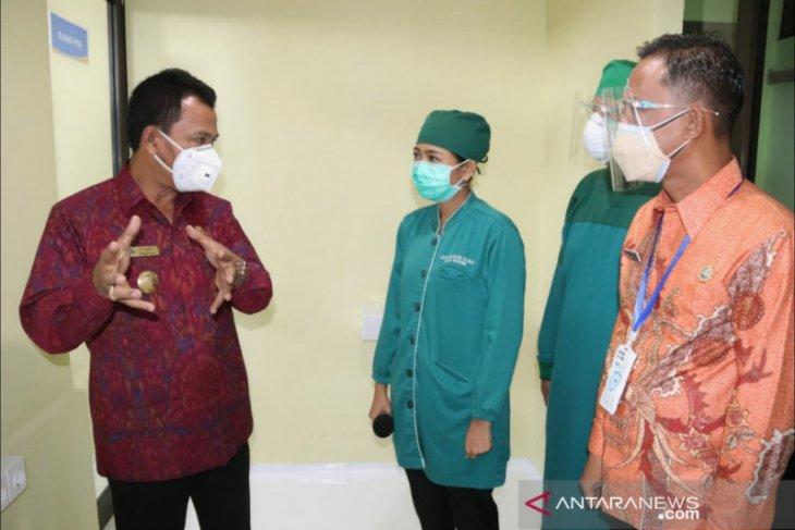 Pjs Bupati Badung lihat laboratorium PCR RSD Mangusada