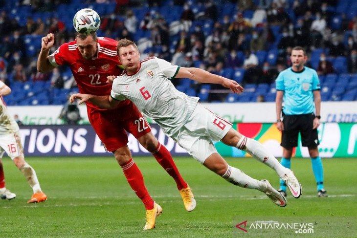 Liga Nasional UEFA, Rusia pertahankan puncak klasemen grup B3