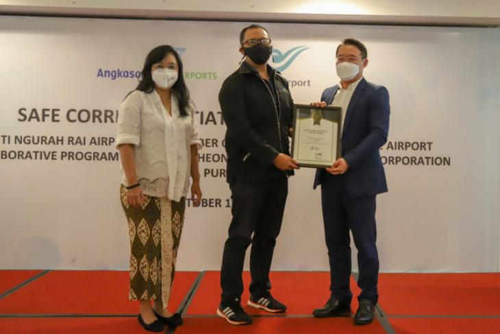 Penerapan protokol kesehatan di Bandara Ngurah Rai raih sertifikat