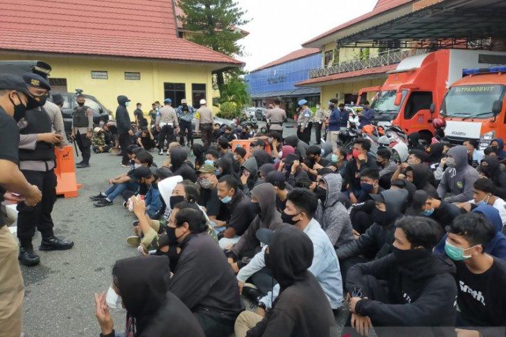 Polda tangkap puluhan orang diduga penyusup aksi mahasiswa