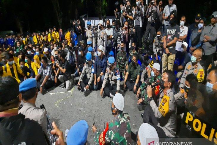 Polda tetapkan dua mahasiswa tersangka unjuk rasa malam hari