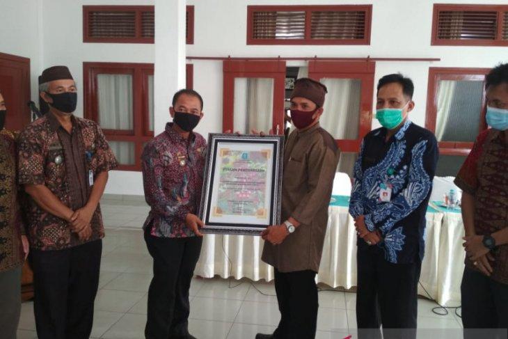 Pemerintah Kabupaten Bangka berikan penghargaan bagi petani kopi