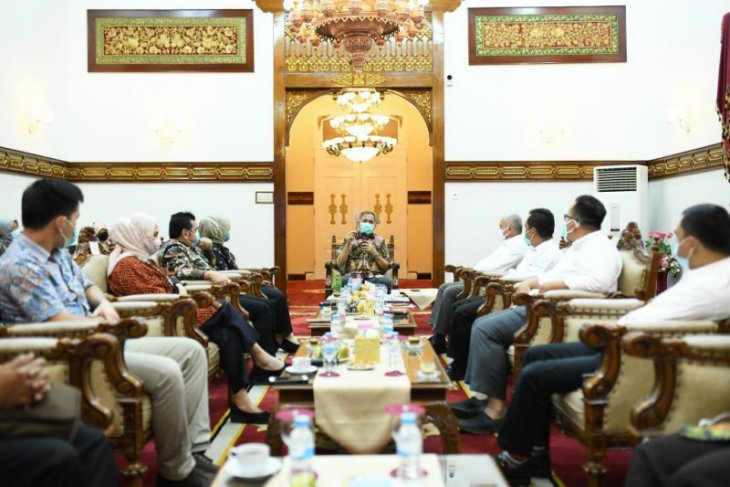 Pemerintah Aceh-kemenkes Berkolaborasi tangani COVID-19
