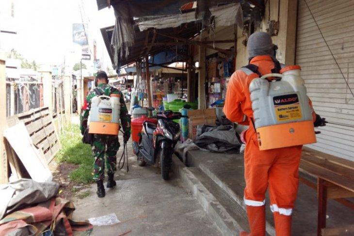 Tiga pilar Kecamatan Murung Pudak lakukan penyemprotan disinfektan