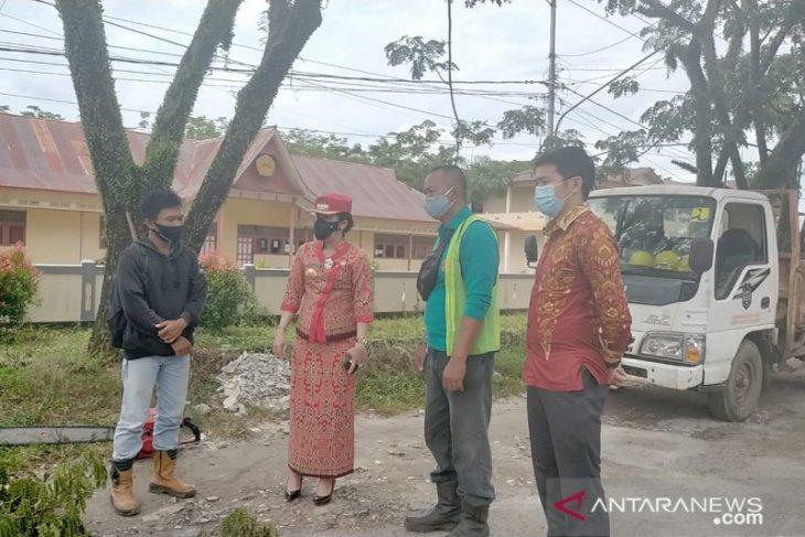 Wali Kota Chui Mie minta realisasi perbaikan jalan Singkawang-Bengkayang