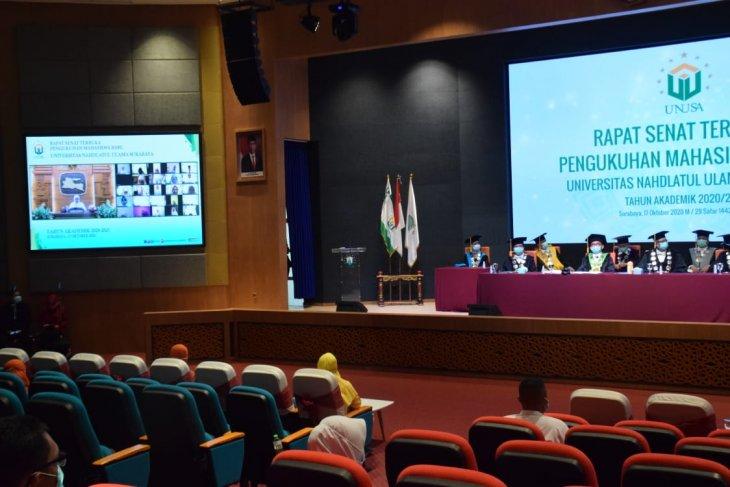 Gubernur Jatim kukuhkan 1.775 mahasiswa Unusa secara daring