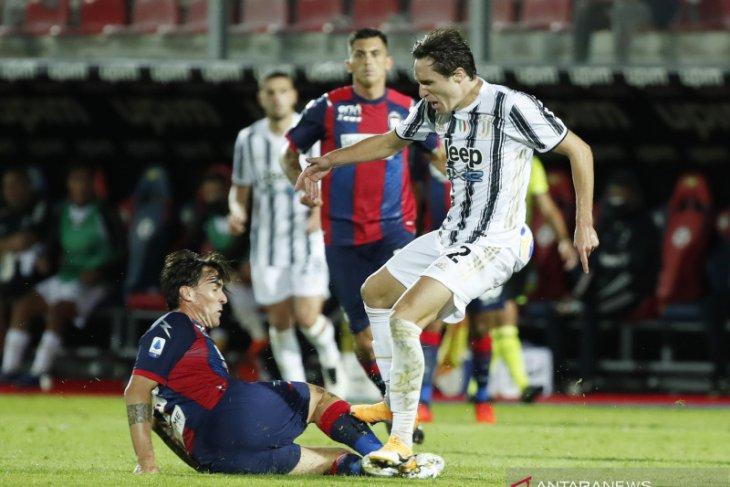 Tiga keputusan wasit bantu Crotone tahan imbang Juventus 1-1