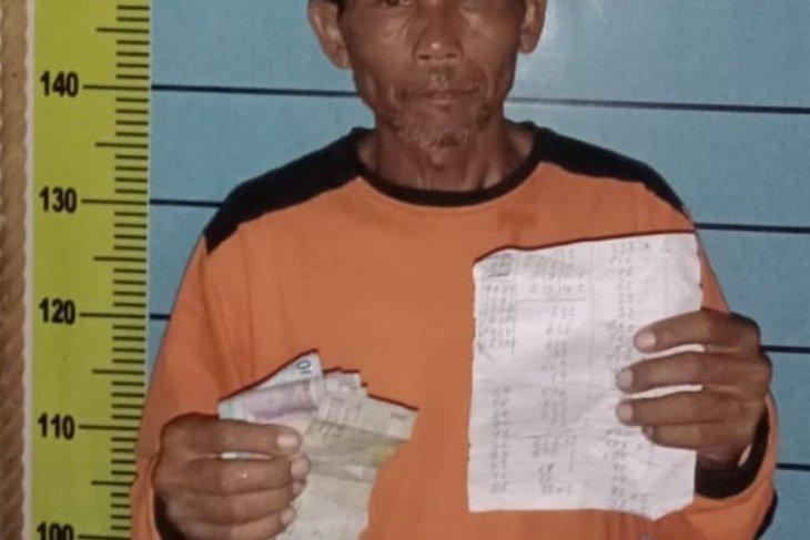 Jadi tukang rekap judi, pensiunan karyawan kebun ditangkap polisi
