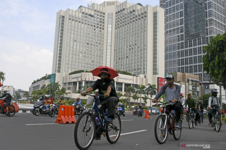 Di Indonesia, kasus positif COVID-19 bertambah 4.105, sembuh 3.732 kasus