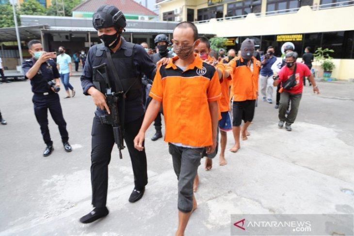 Polisi Surabaya gagalkan penyelundupan 1,2 kilogram sabu-sabu asal Malaysia