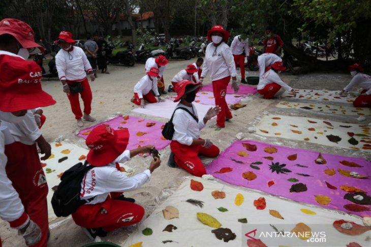 Coca Cola-BEDO Bali diskusikan bahan baku daur ulang dari sampah pantai untuk UMKM