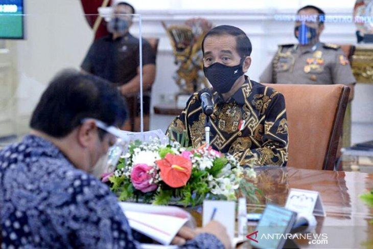 Presiden Jokowi ingin gubernur dukung penuh perizinan terkait lumbung pangan