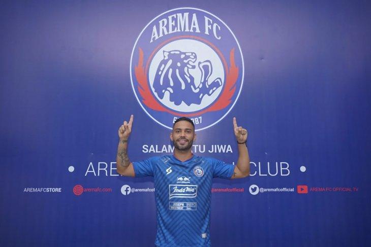 Sempat terinfeksi COVID-19, Bruno Smith akhirnya resmi perkuat Arema FC