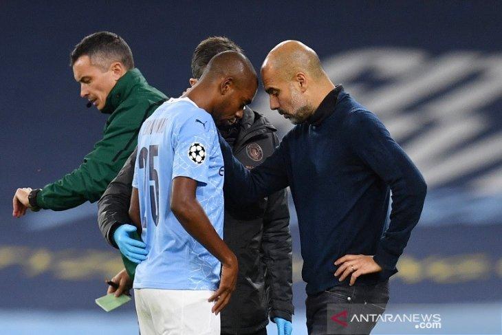 Manchester City menang 3-0 lawan Porto, namun Fernandinho cedera