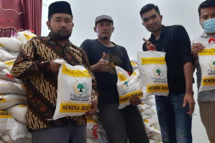 Warga terdampak COVID-19 dapat lima ton beras dari dewan