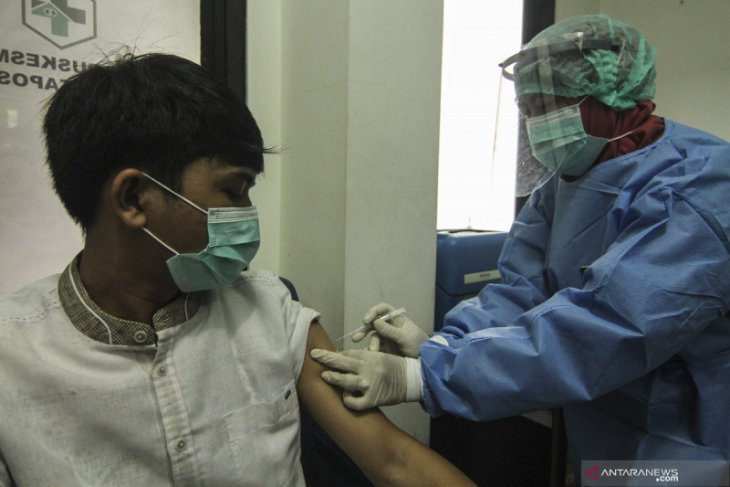 Daerah zona merah COVID-19 berpeluang prioritas vaksinasi
