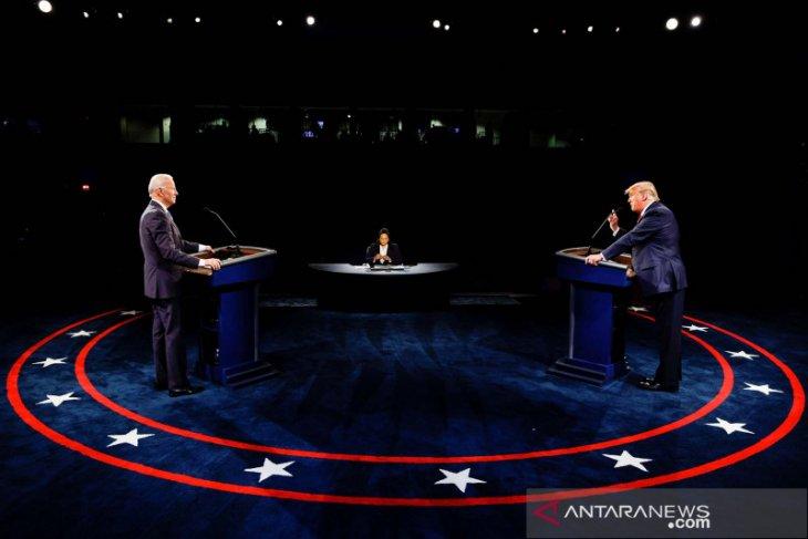 Joe Biden serang penanganan COVID-19, Trump janji pandemi segera berakhir