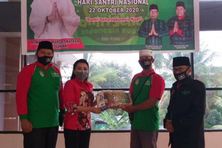 Kabupaten Landak salurkan bantuan sembako dari PC NU