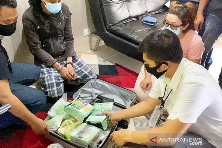 Polisi gagalkan upaya peredaran satu koper isi narkoba