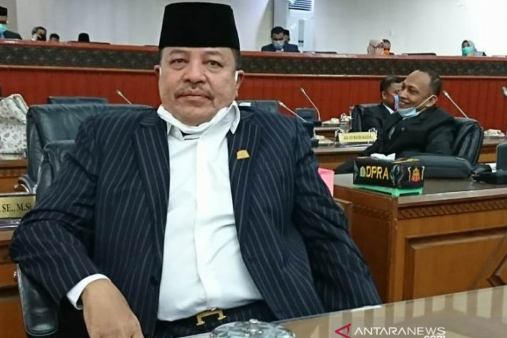 Anggota DPRA dukung penerapan hukuman cambuk pemain game PUBG di Aceh