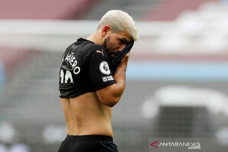 Liga Inggris - Main satu babak lawan West Ham, Sergio  Aguero ternyata cedera lagi