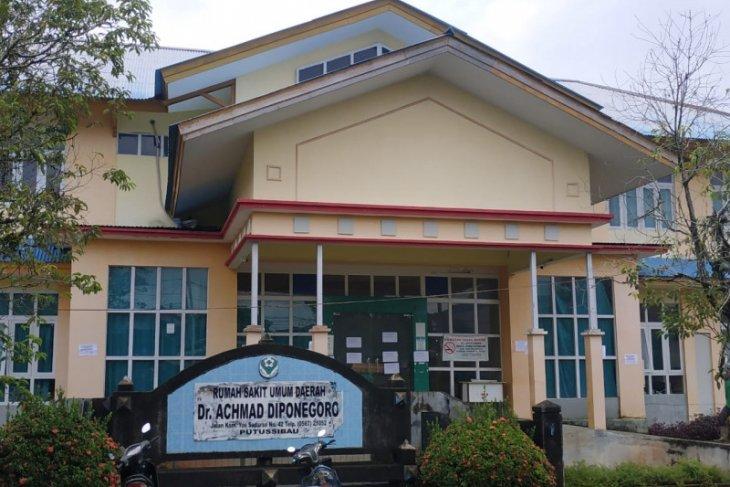 Pasien COVID-19 meninggal, Rumah Sakit Putussibau tutup layanan IGD