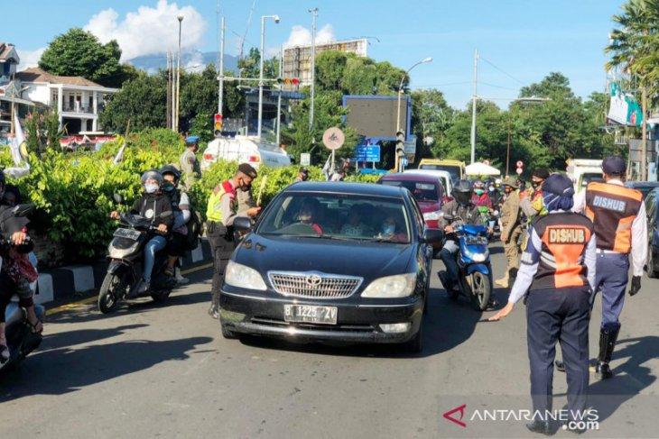 Libur panjang Maulid Nabi, Bupati Bogor batasi wisatawan ke Kawasan Puncak