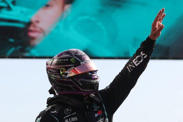 Melesat di lap terakhir, Lewis  Hamilton rebut pole position GP Portugal