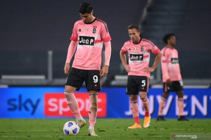 Juve kembali gagal memetik tiga poin setelah ditahan imbang Verona