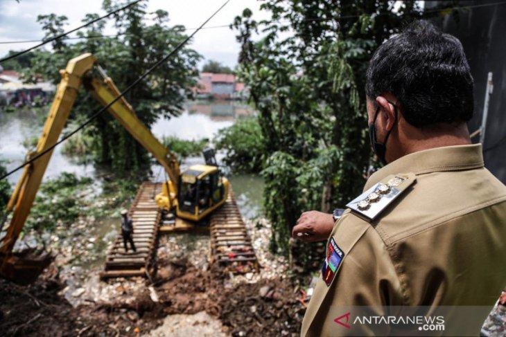 BPBD Kota Bogor atasi sumbatan drainase yang akibatkan banjir di Griya Cimanggu Indah