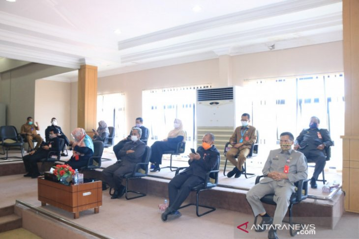 Pejabat Pemkot hadiri rapat paripurna DPRD