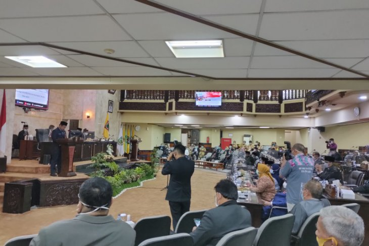 South Kalimantan strives to recover its economy from the impact of COVID-19