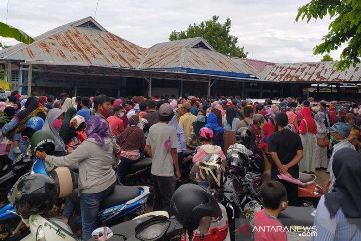 Ribuan warga daftar BPUM di Bengkulu dibubarkan polisi